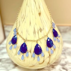 Boutique blue gems dangling necklace